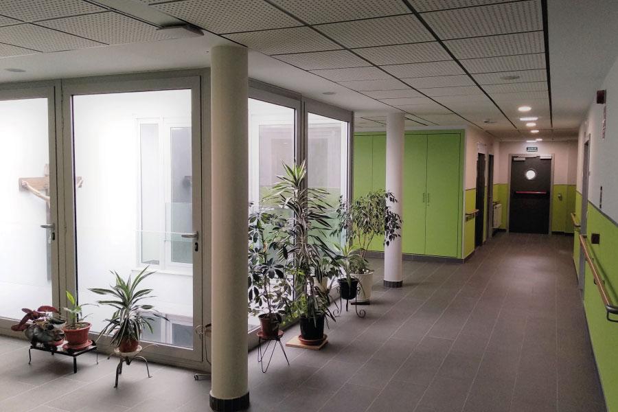 Residencia de mayores en Vitoria-Gasteiz | Mercedarias | Pasillos