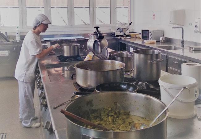 Residencia en Vitoria-Gasteiz | Cocina propia | Mercedarias Egoitza